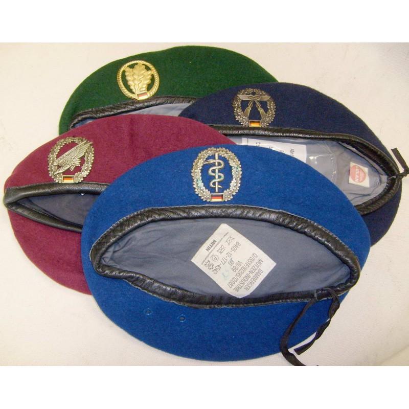 BW baret s odznakem